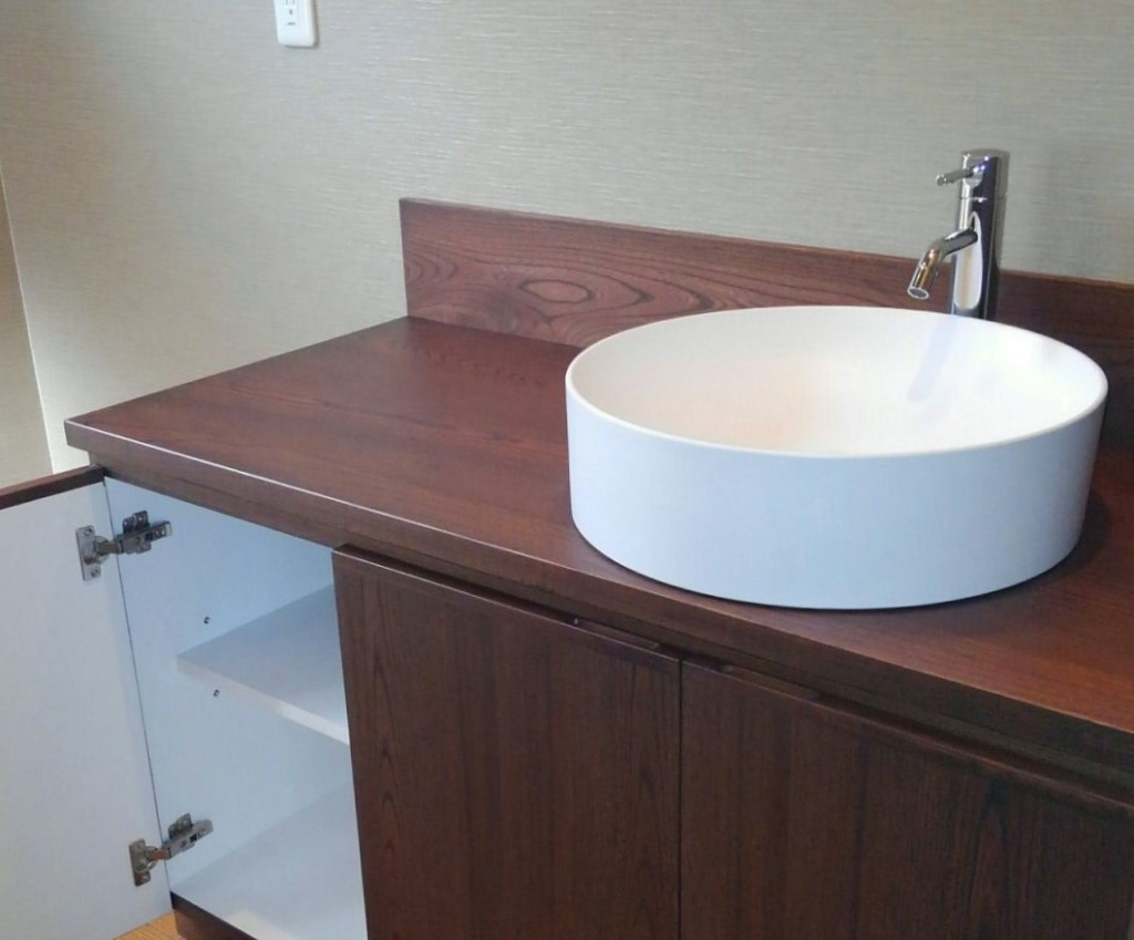 手洗収納付き