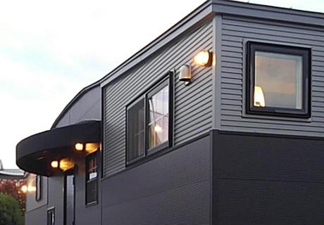 屋外照明は9ヶ所 全てマリンライト装備