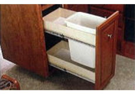 簡単に開けられる引き出し。ダストボックスも収納され、便利に使えます。