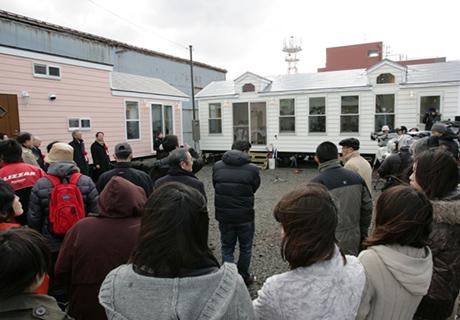 おごそかでにぎやかに始まった「笑福市」報道関係者50名以上、とても元気でした。