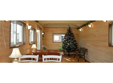 檜の壁仕上げ、床フローリング仕上げ(5色)