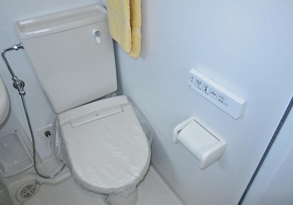 トイレはウォシュレット・暖房便座付き
