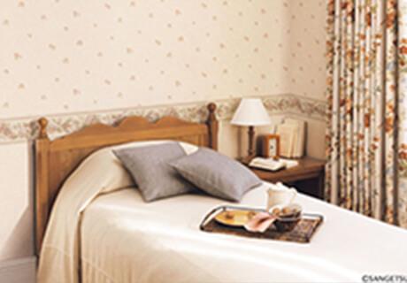 高級質感・ゆとりの寝室