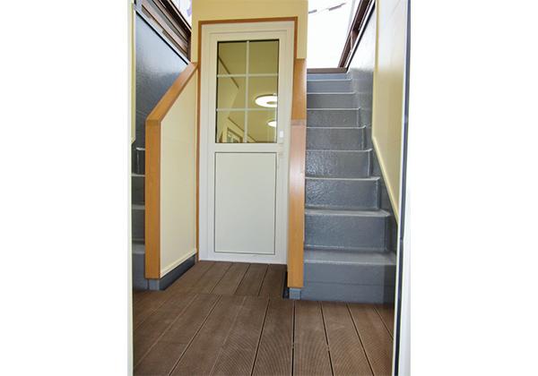 屋上への階段(FRP)